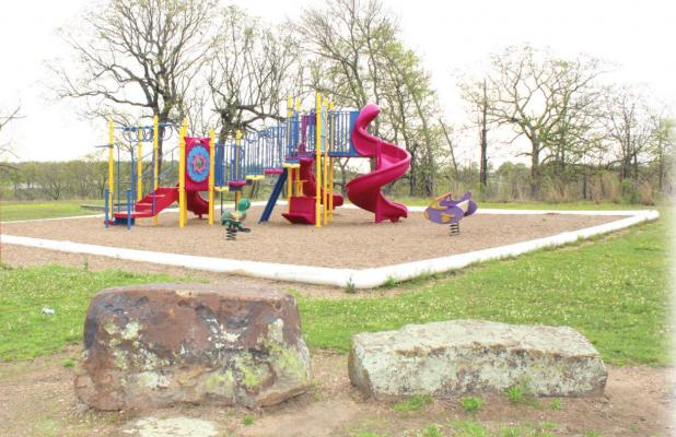 City Council closes park playgrounds, group activities